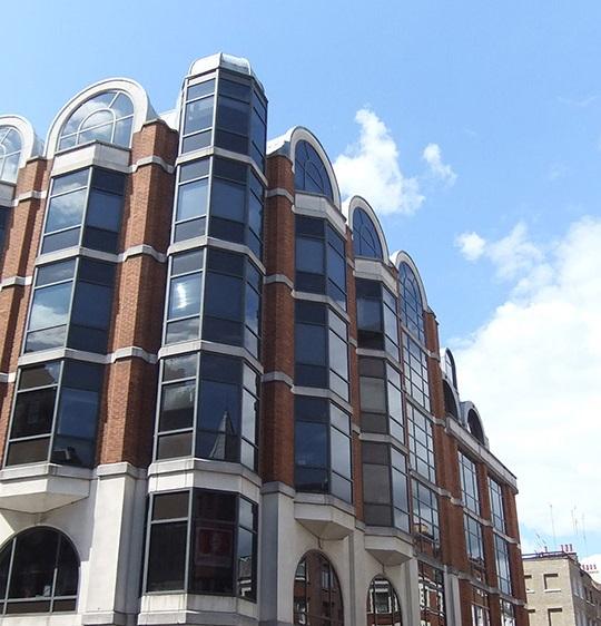 Shaftesbury-Avenue-exterior 3